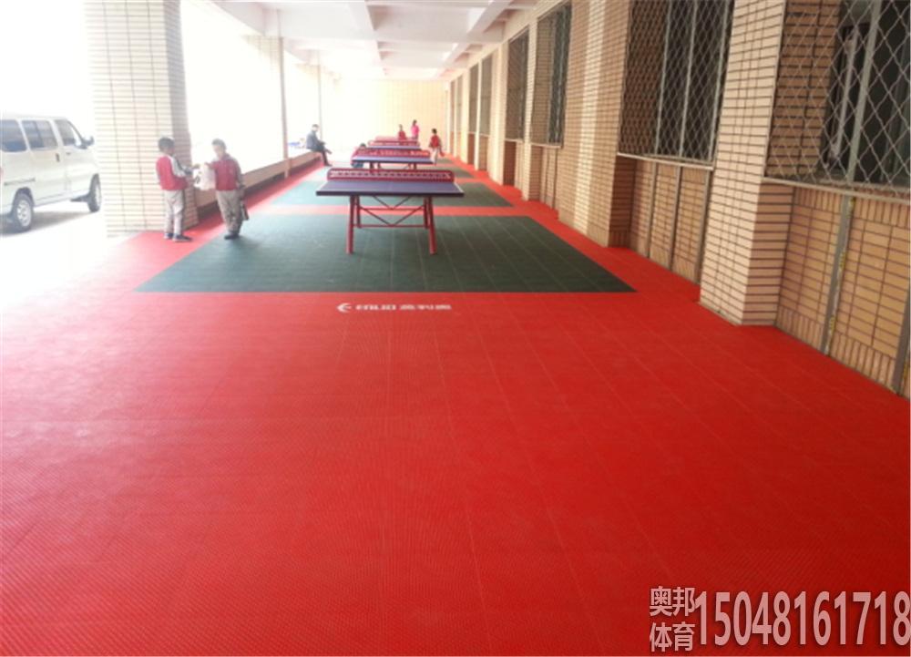 包头市蒙古族学校室外乒乓球场地