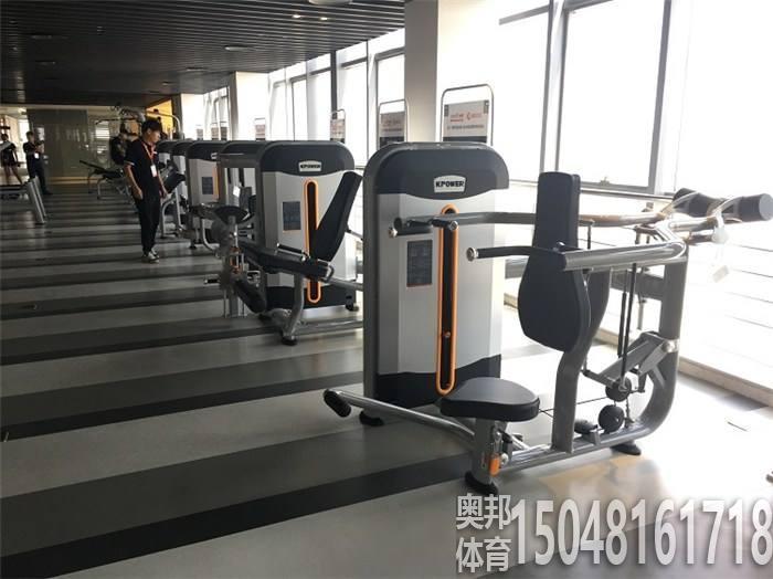 健身房练器材要有顺序和计划