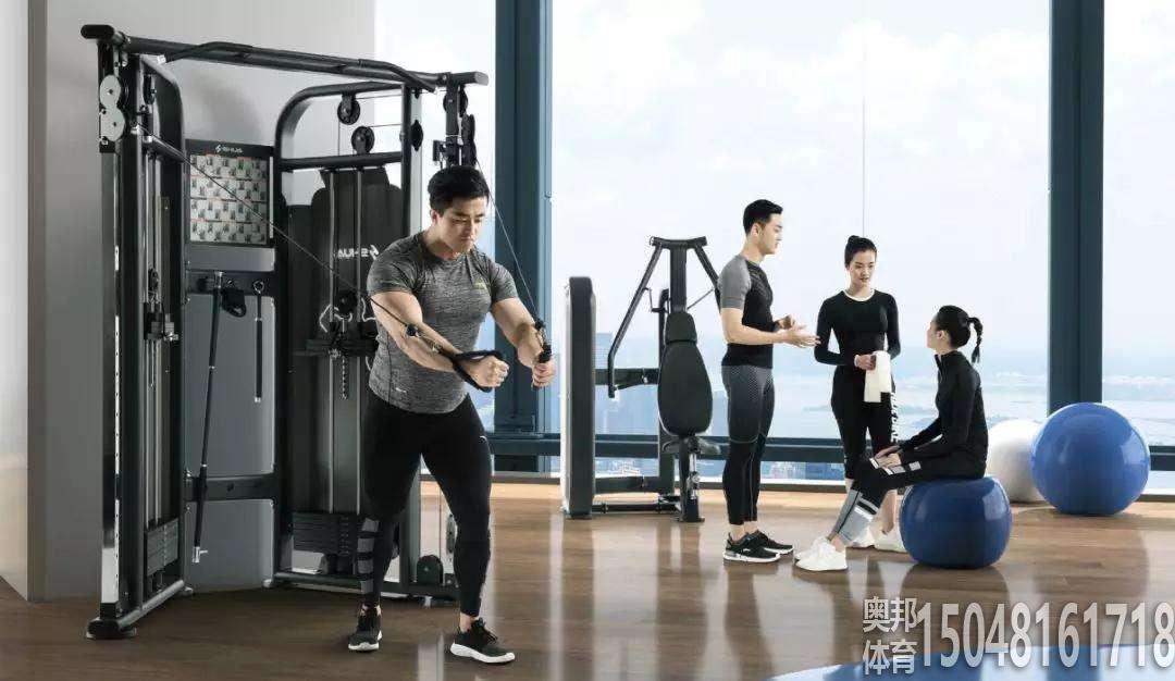 包头体育器材综合训练器的常规使用